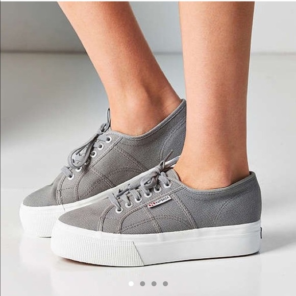 codice promozionale cfd39 31701 Superga linea up and down Grey Platform size 9.5 NWT